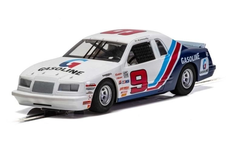 Scalextric 1:32 Ford Thunderbird - Blau/Weiss/Rot