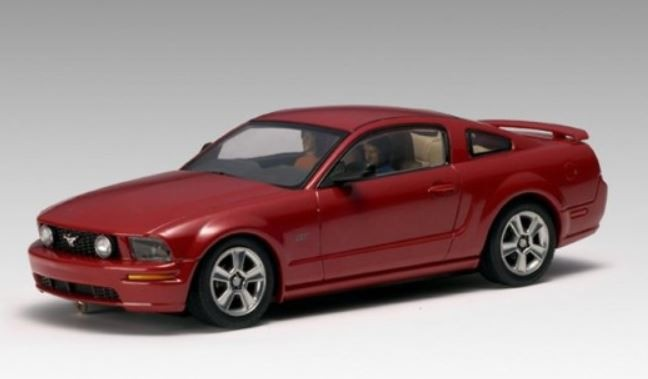 AutoArt Ford Mustang GT 2005 (Red Fire)