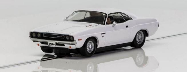 Scalextric 1:32 Dodge Challenger 1970 Weiss HD