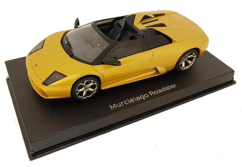 AutoArt 1:32 Lamborghini Murcielago Roadster gold