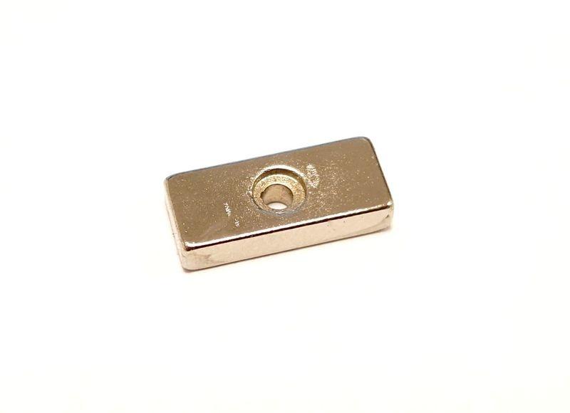 AutoArt Magnet mit Schraubloch 15x6,5x3mm