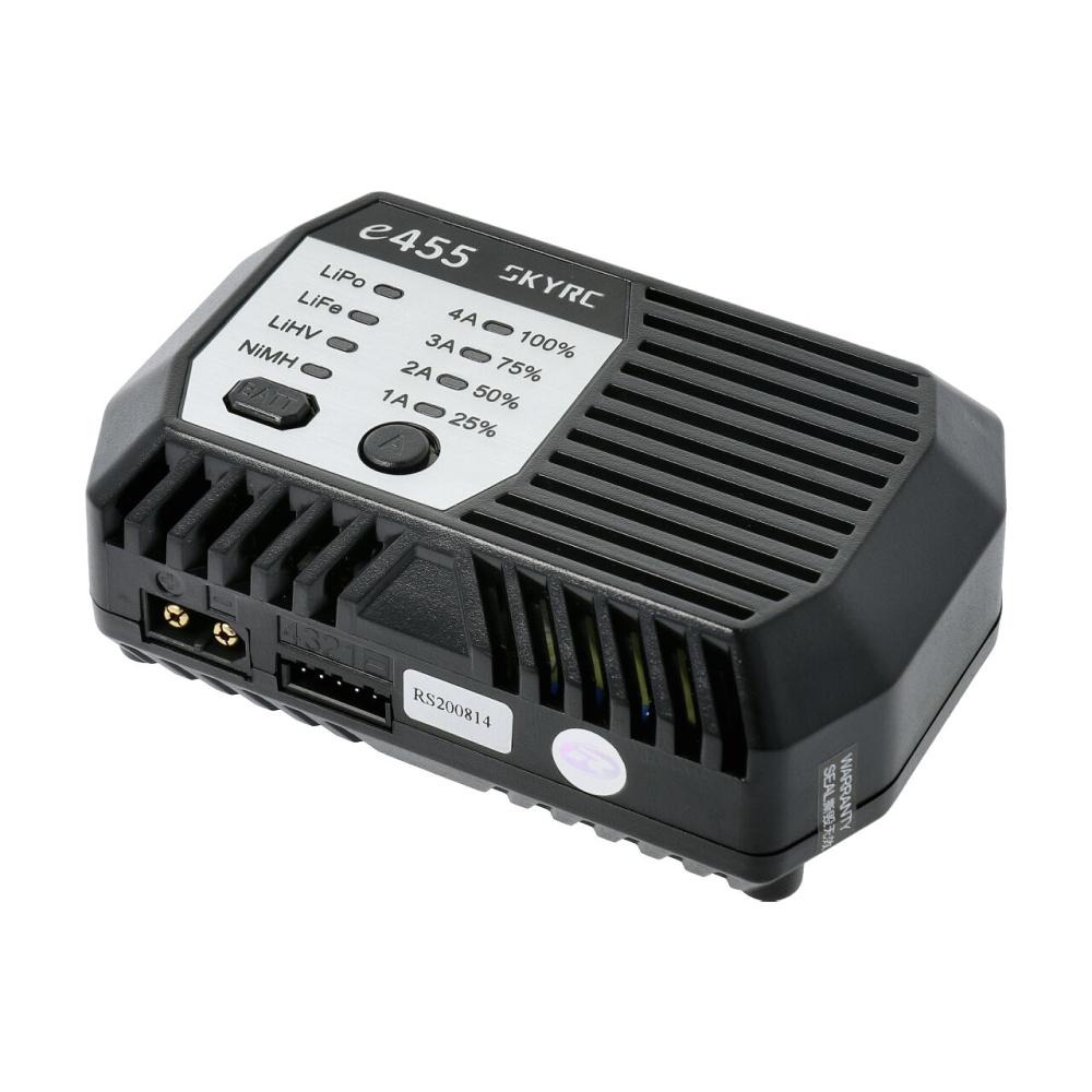 SKYRC e455 AC Ladegerät NiMh 6-8 / LiPo 2-4s 1-4A 50W