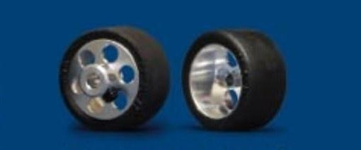 NSR FR RTR 19x10mm Trued Rubber on 17 Wheels (2)