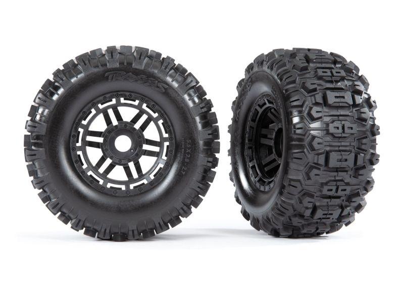 Traxxas Reifen auf Felge schwarz montiert