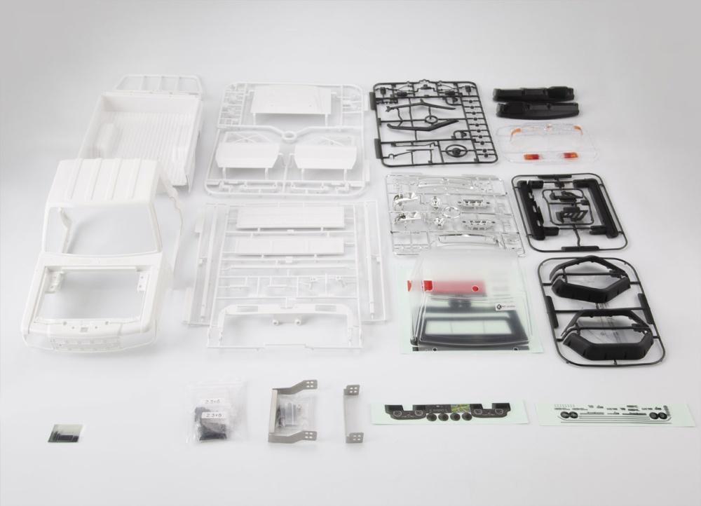 Killerbody Toyota Land Cruiser 70 Kunststoff Bausatz