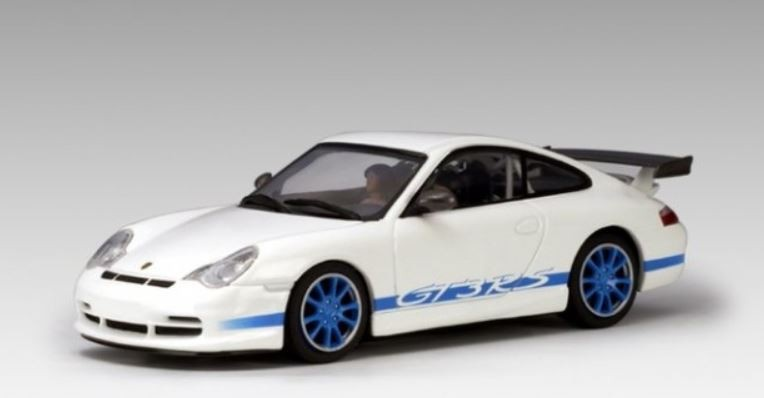 AutoArt Porsche 911 (996) GT3 RS 2004 (w/blue stripes)